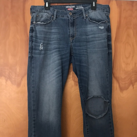 Denizen from Levi's Denim - Denizen from Levi's Slim Cuffed Cropped Jeans
